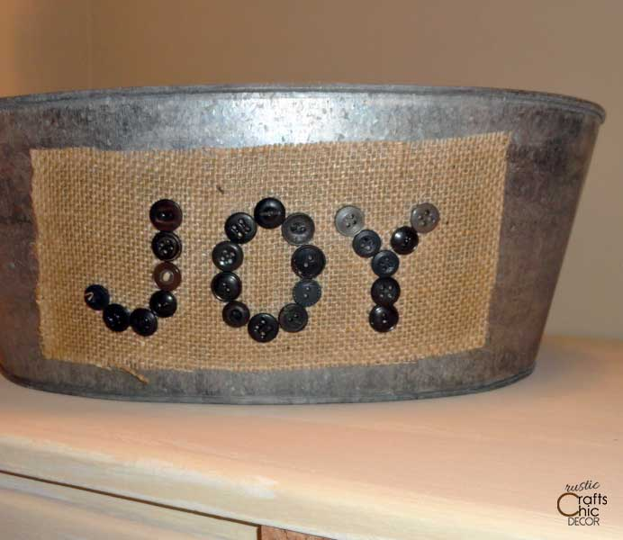 how to make a burlap label