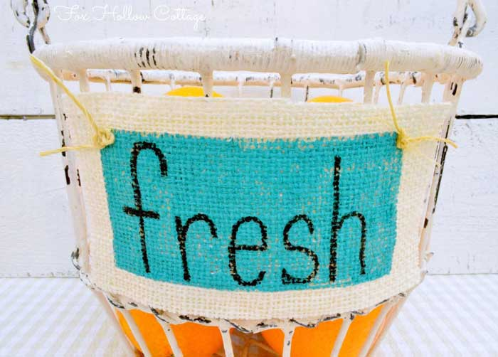 how to make painted burlap labels
