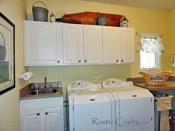 Laundry Room Ideas Using Vintage Accessories Rustic