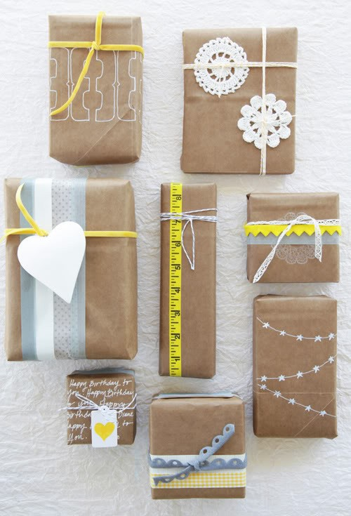 Remember all those times when we wished there was a gift bag handy for a spontaneous moment of gift giving? This FASTEST, never-seen-before way to make gift bags of all sizes, from gift wrap or any paper is the perfect hack for Christmas, birthdays, Mother's Day etc!