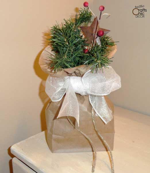 lunch bag Christmas gift wrap