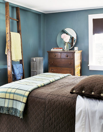 Color Series Decorating With Blue And Brown Rustic Crafts Blue And Brown Bedroom Ideas