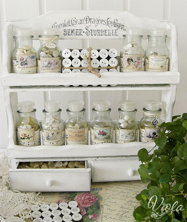Shabby-chic-inspired-spice-rack