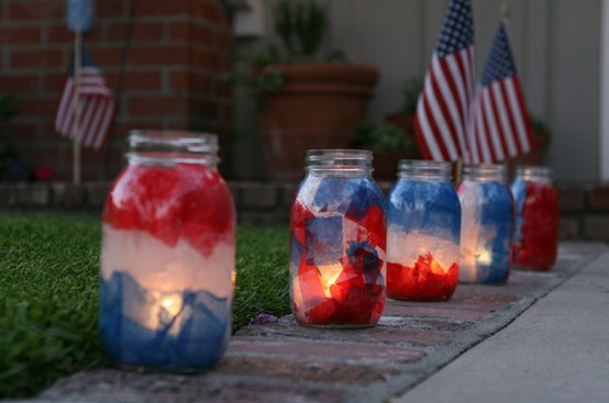 4th-of-july-mason-jar-luminaries