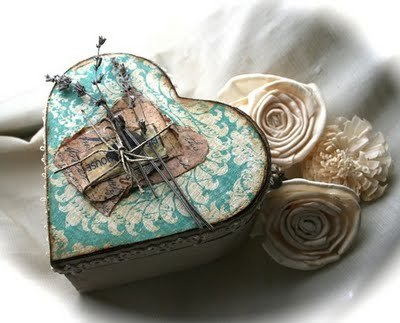 heart-keepsake-box