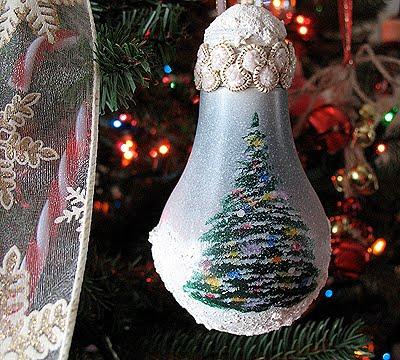 light-bulb-ornament