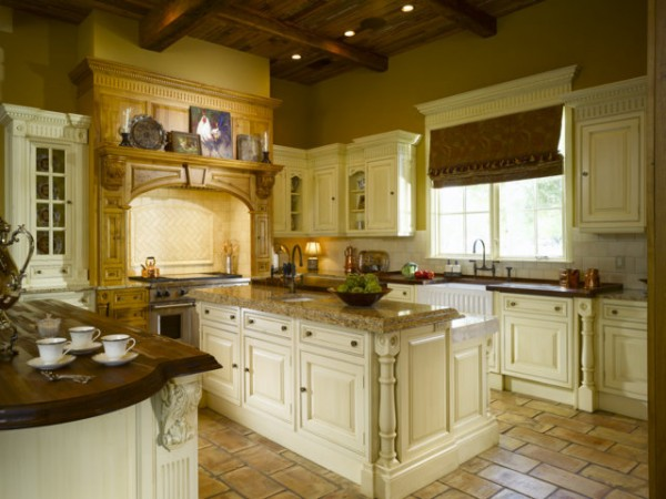 Subtle Antique Decorating By Kitchen