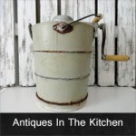 decorating-with-antiques