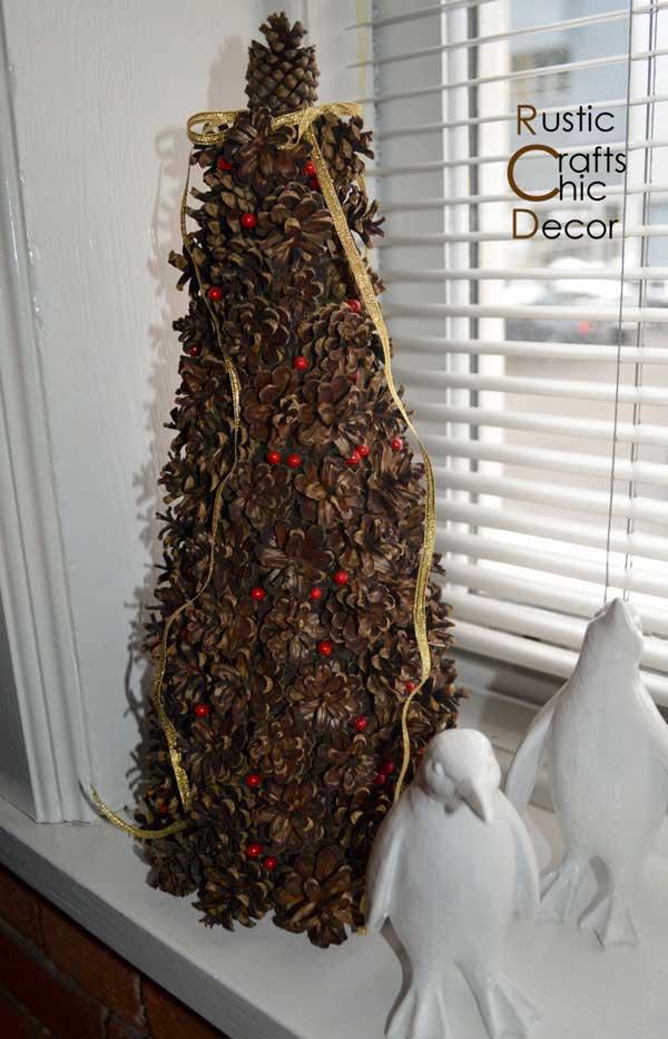 pine cone craft christmas tree