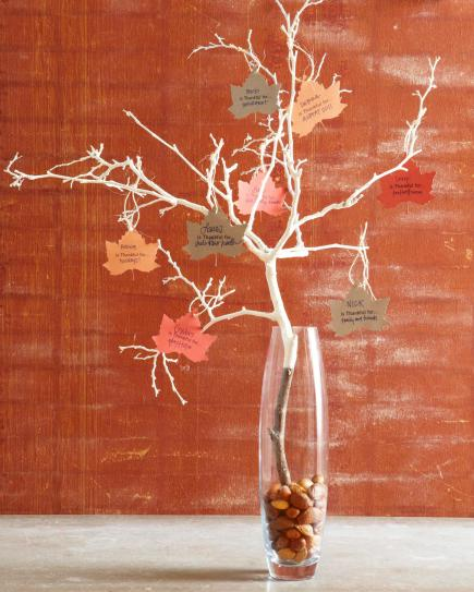 Thanksgiving thankful tree centerpiece