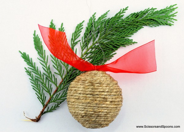 diy christmas ornament - twine wrapped ball