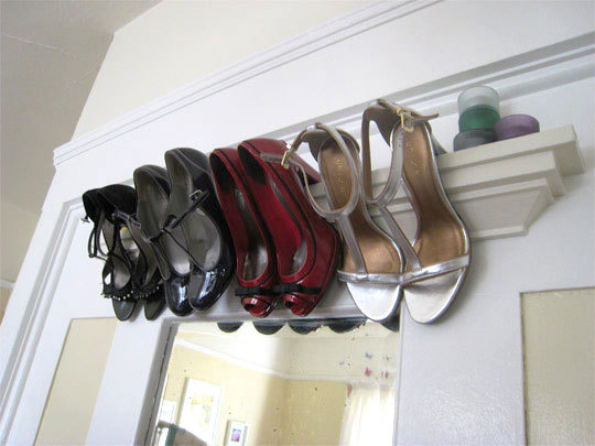 ledge shoe storage