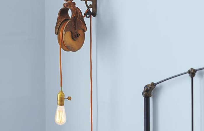 industrial decorating ideas - pulley light