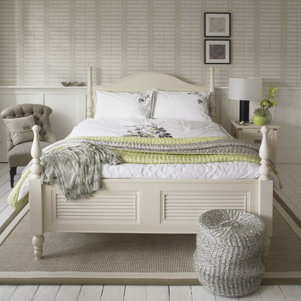 Decorating in black and white accents gives impact to a for Shabby chic bedroom furniture