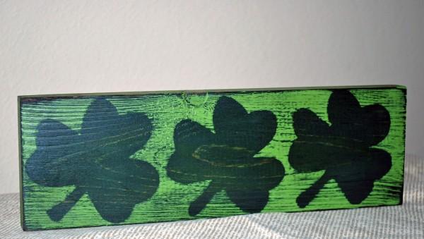 clover plaque