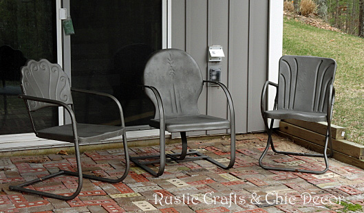 How To Paint Old Rusty Outdoor Metal Chairs Rustic Crafts Chic Decor