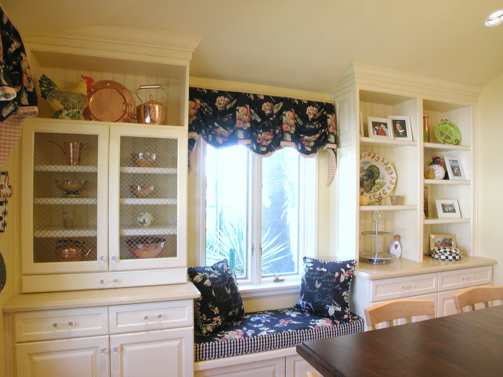 French Country Kitchen Window Seat Ideas 1024 x 768