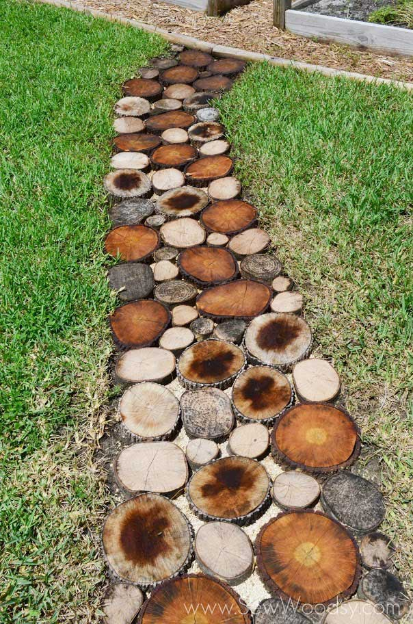 rustic outdoor decor ideas - create a natural log pathway