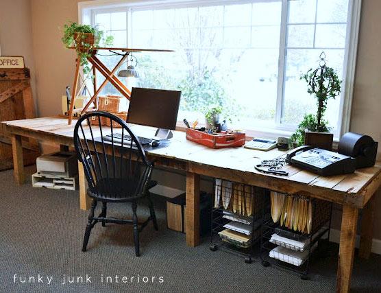 ideas for pallets - farmhouse style pallet desk