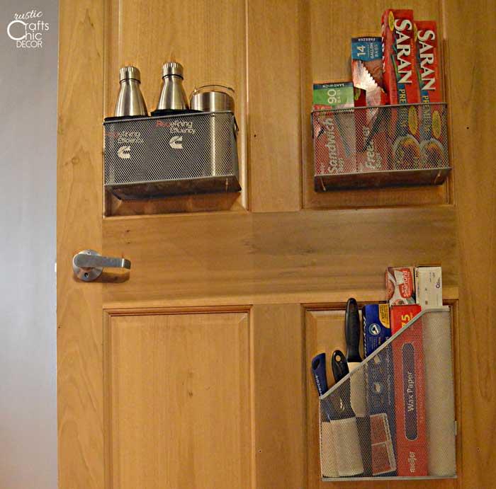 creative ways to get organized - pantry door storage