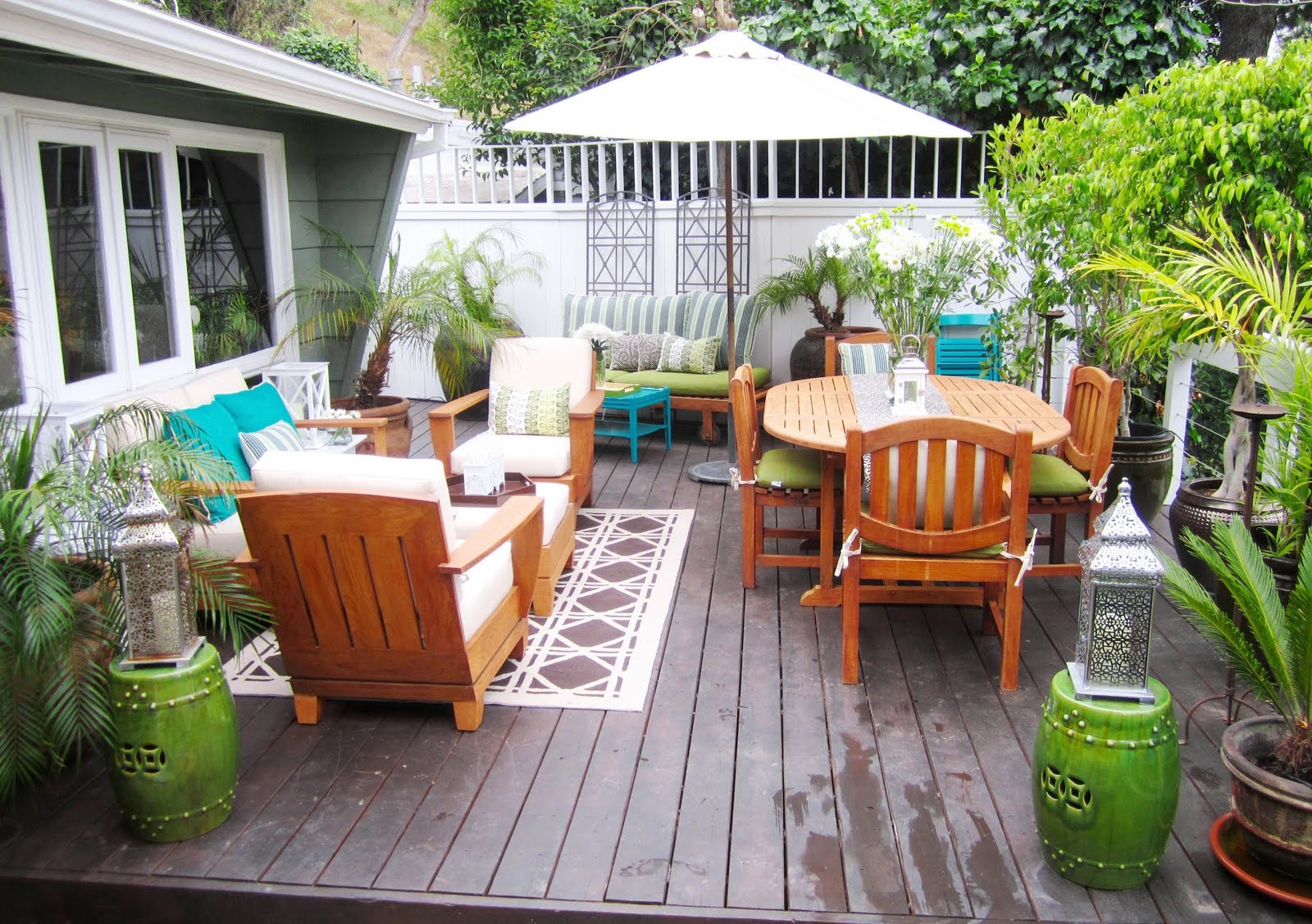 Deck and porch decorating ideas rustic crafts chic decor - Decorating a small deck ideas ...