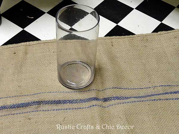 how to make a grain sack vase by rustic-crafts.com