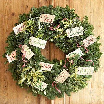 gift tag wreath