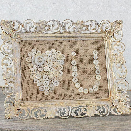 burlap and button frame