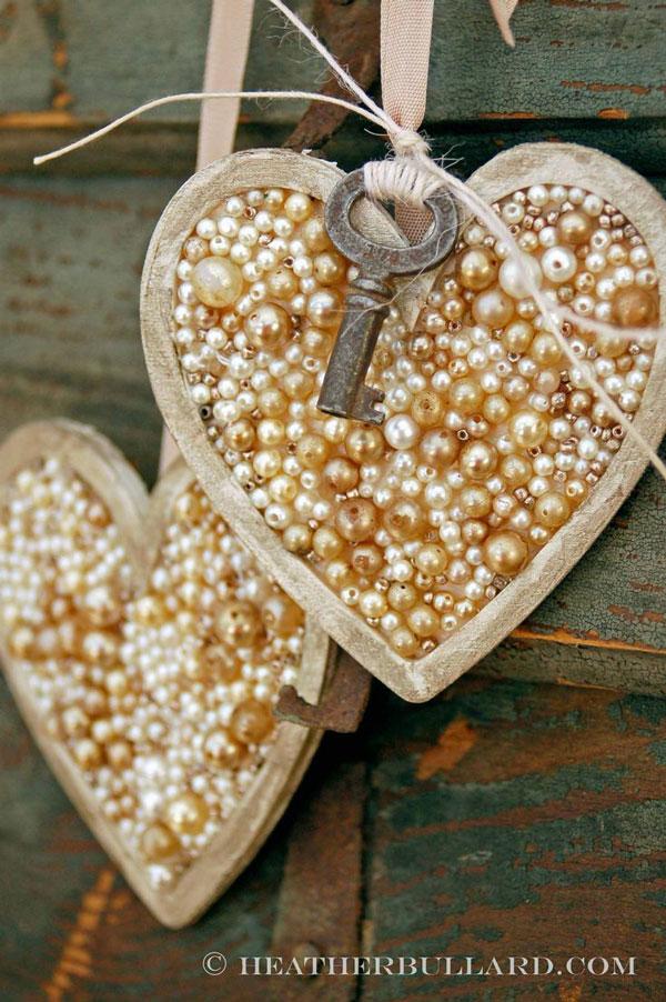 chic valentine ornament