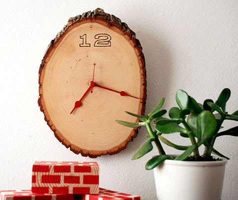 rustic wood clock craft
