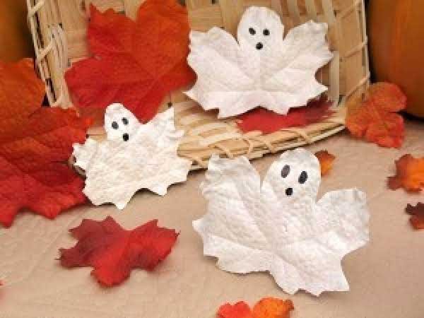 quick halloween crafts - ghost leaves