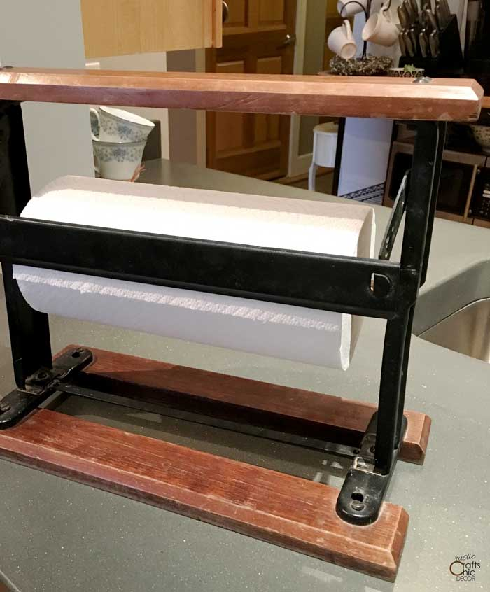 upcycled paper holder idea