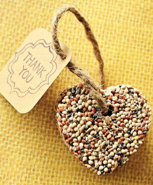 birdseed heart rustic wedding favors