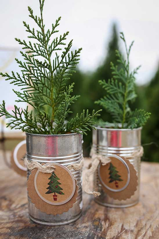 evergreen table decorations
