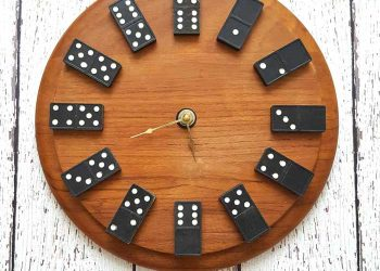 diy dominos clock