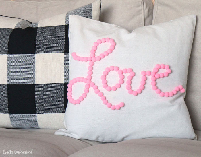 pom pom word pillow DIY