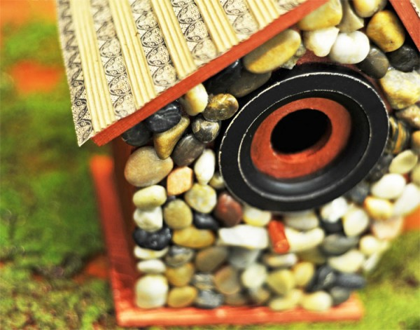 decorated-birdhouse