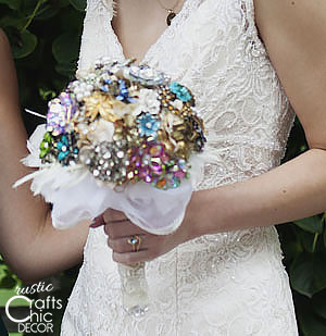 wedding crafts - diy brooch bouquet