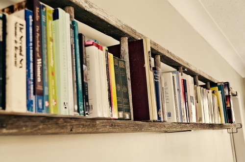 rustic-bookshelf