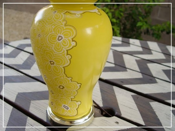 thrift store lamp makeover with new yellow paint