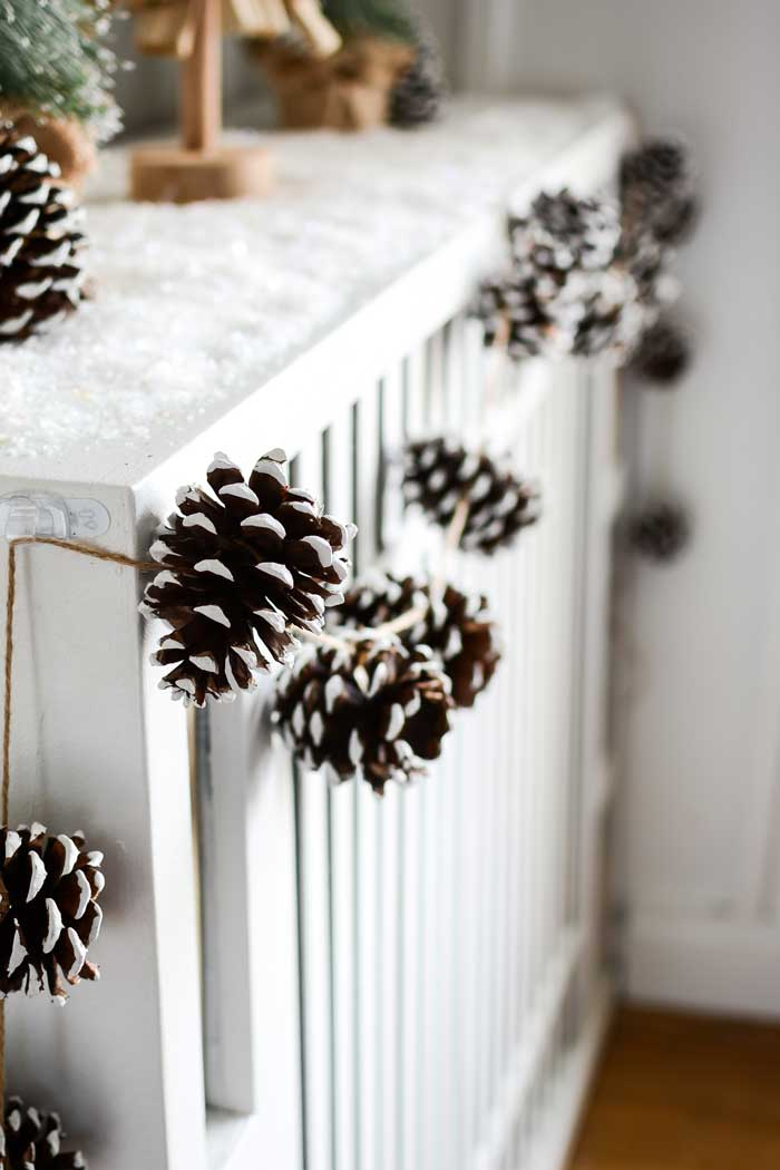 pine cone painted garland craft