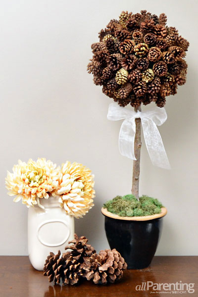 pine cone crafts topiary