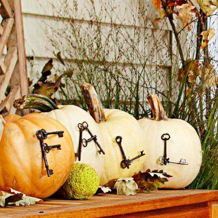 recycled key pumpkin decor