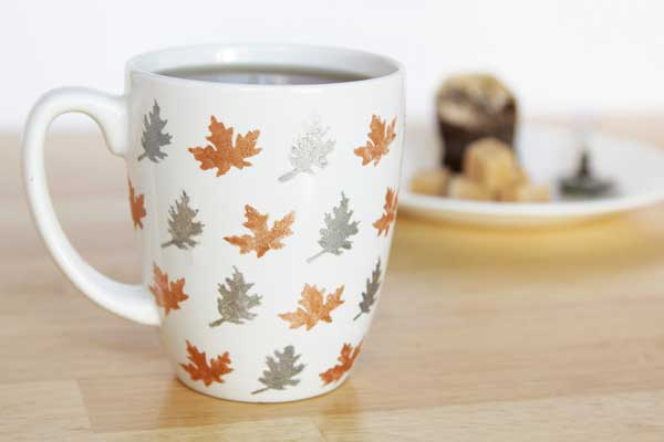 thanksgiving leaf mugs