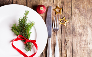 Christmas dining place setting