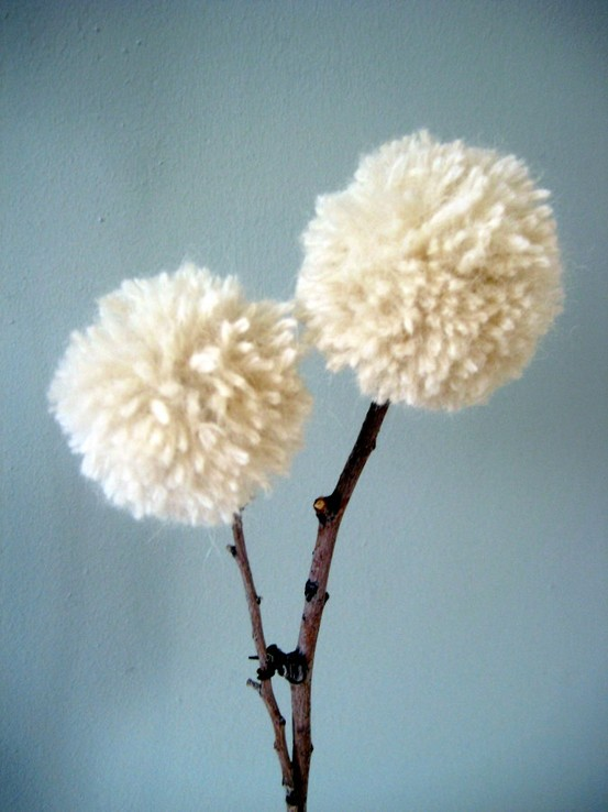 crafts with branches - yarn and twig dandelions