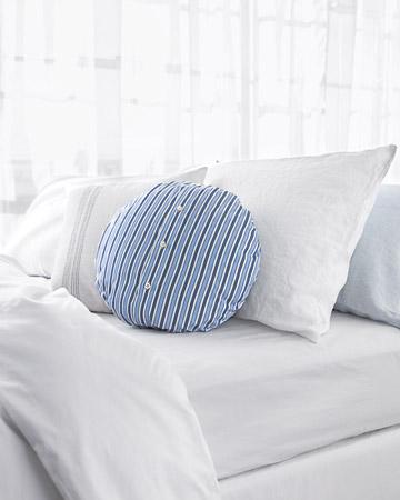 ways to repurpose - an old dress shirt into a pillow