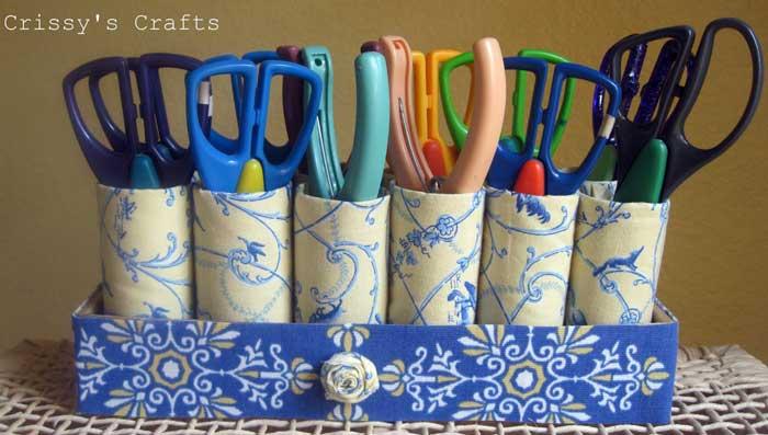 toilet paper roll scissor holder