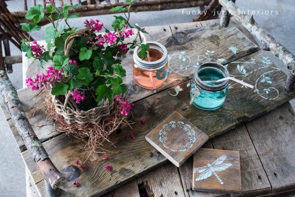 mothers day crafts - rustic tray and coaster set
