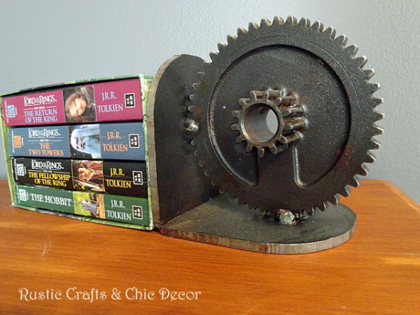gear bookend by rustic-crafts.com